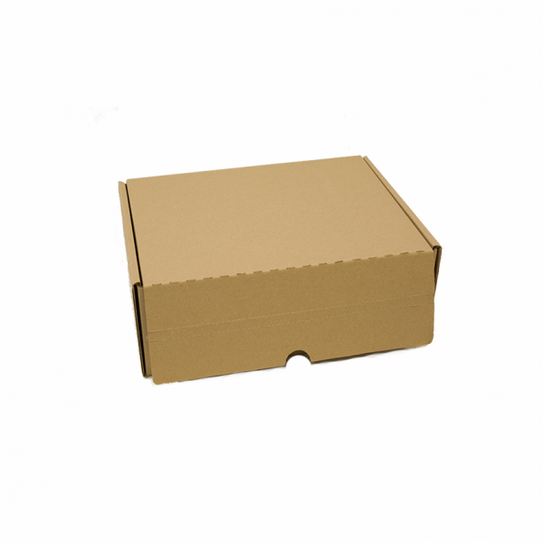 Caja automontable con doble cinta adhesiva cerrada