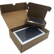 Caja con film de retención tablet y móvil_embalaje ecommerce