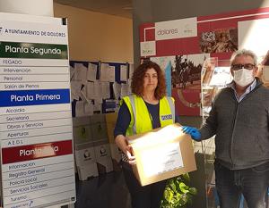 Vegabaja Packaging entrega ascarillas al Ayuntamiento de Dolores