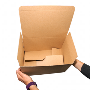 Caja automontable con manos_Vegabaja Packaging